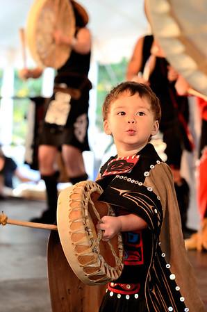 Git-Hoan Dancers smallest member