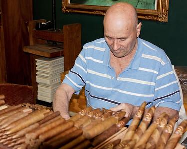 Cigar Maker