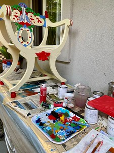 Chair Painting station