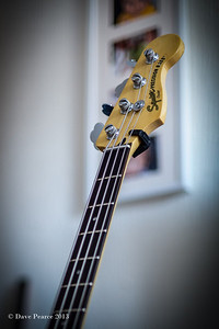 Squier Vintage Modified PJ Bass