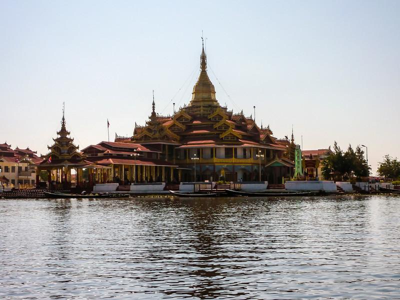 Phaung Daaw Oo Paya, Inle Lake, Myanmar