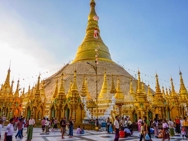 Shwedegon Pagoda, Yangon