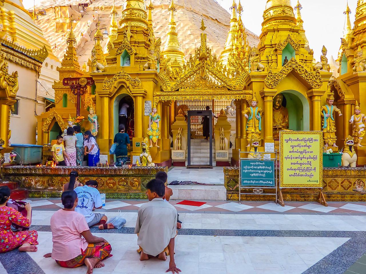 Shwedegon Pagoda, Yangon, Myanmar