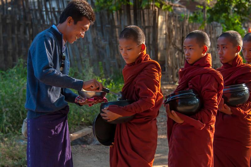 Myanmar 2011 - Bagan Day 2