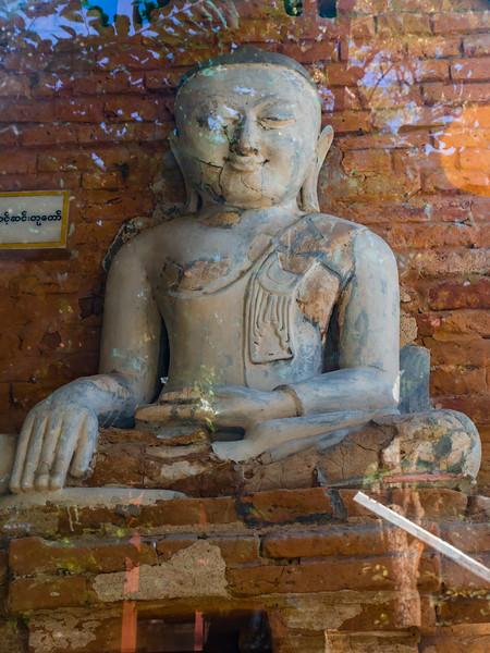 Ta Moak Shin Pin Shwe Gu-Gyi (the golden cave temple)