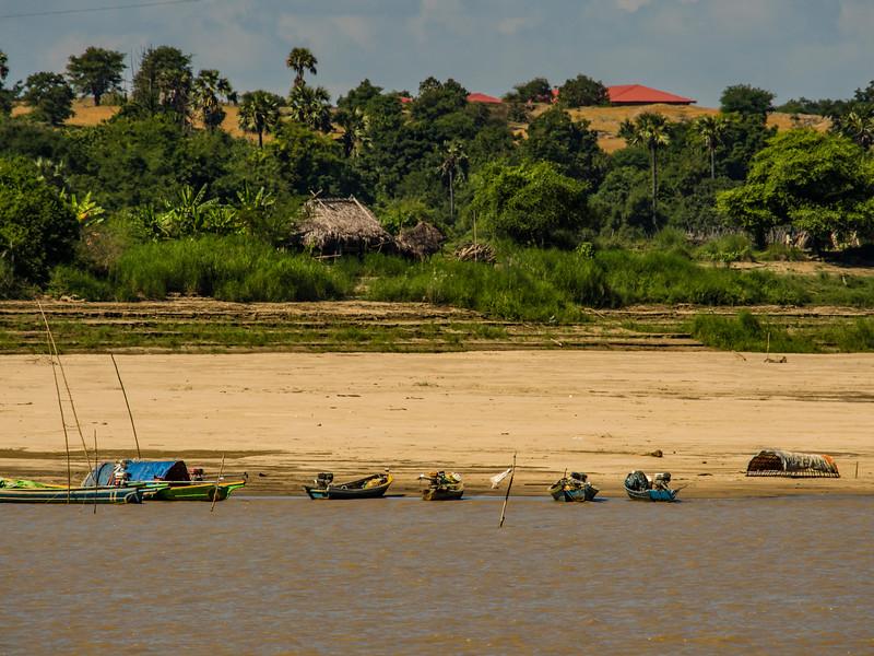 Boats along the Chindwin