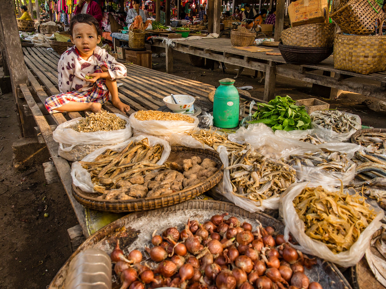Kani morning market, Chindwin River, Myanmar