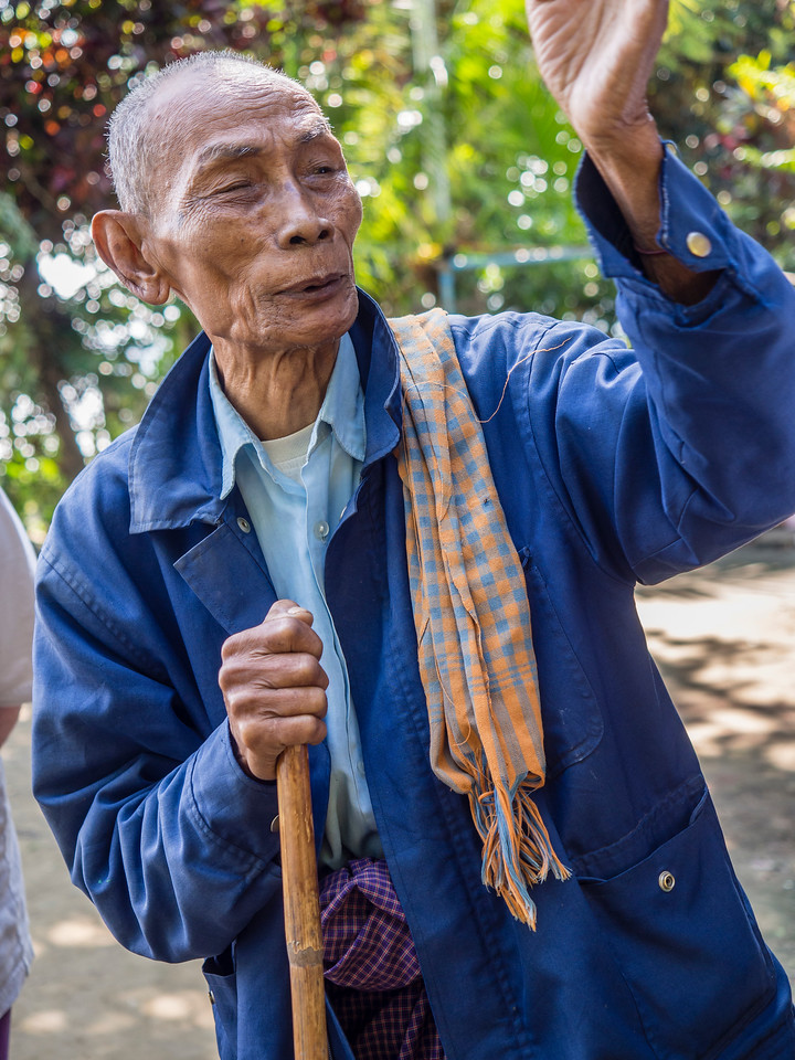 Burmese young witness to WWII.