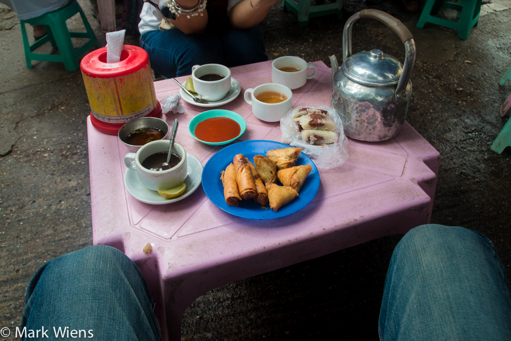 tea myanmar table 1 X2 41 Photos That May Tempt You to Visit Yangon, Myanmar Immediately