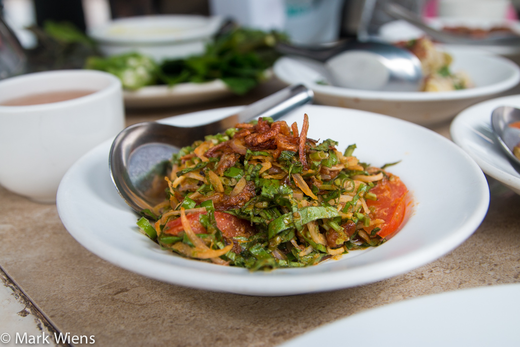Burmese Asiatic pennywort salad