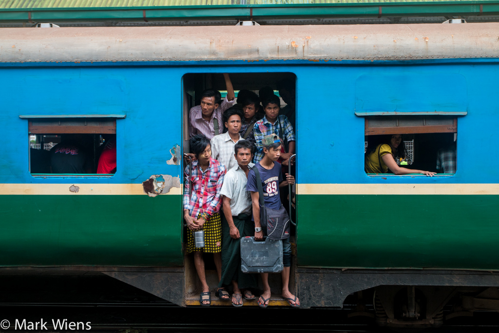 yangon circular train yangon X2 41 Photos That May Tempt You to Visit Yangon, Myanmar Immediately