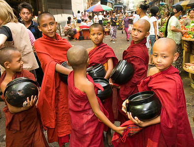 Novices w Begging Bowls-BUR_8561
