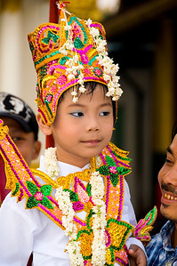 Burmese boy in costume-BUR_8484