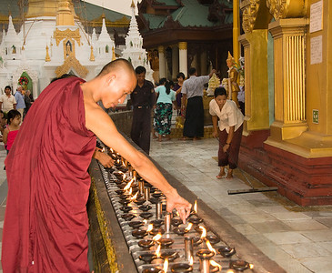 Monk lighting candles-BUR_8504