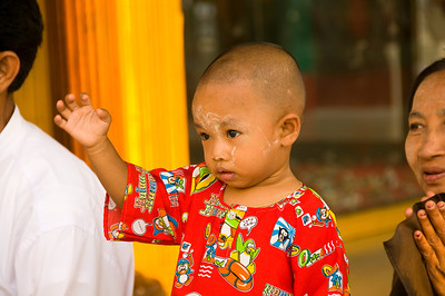 Small boy waving-BUR_8443
