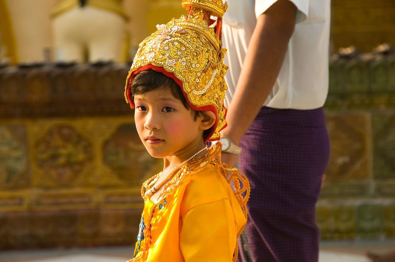 Boy w gold hat-BUR_8404