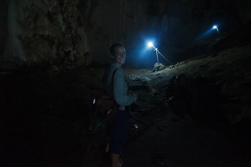Barefoot excursion through the Saddar Cave
