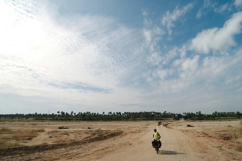 There were many stretches of sandy road on the ride to Bagan