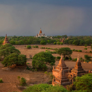 Temples of Bagan #9. Stormy sunset.