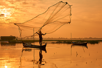 Fisherman at U-Bein bridge