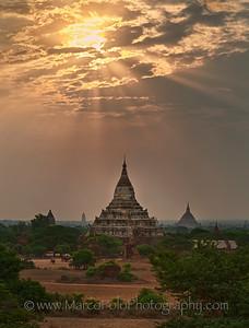 "Shwesandaw Pagoda. Bagan. 15"" x 20"""