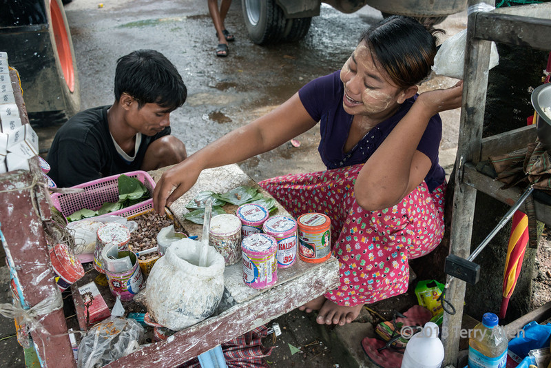 Betel-nut-stand-with-areca-nut,-betel-leaves-and-lime,-Irrawaddy-River-docks,-Yangon,-Burma