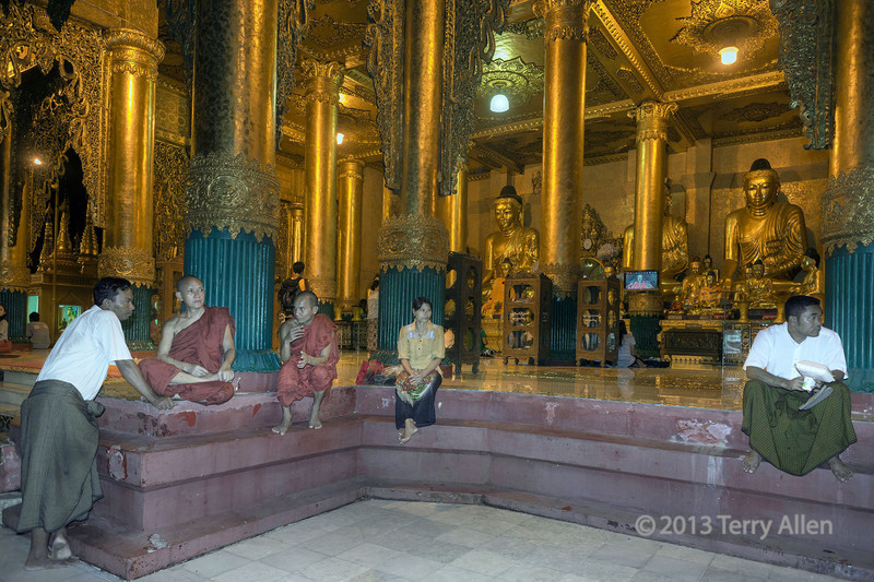 Night activities, Schewdagon Pagoda, Yangon, Myanmar