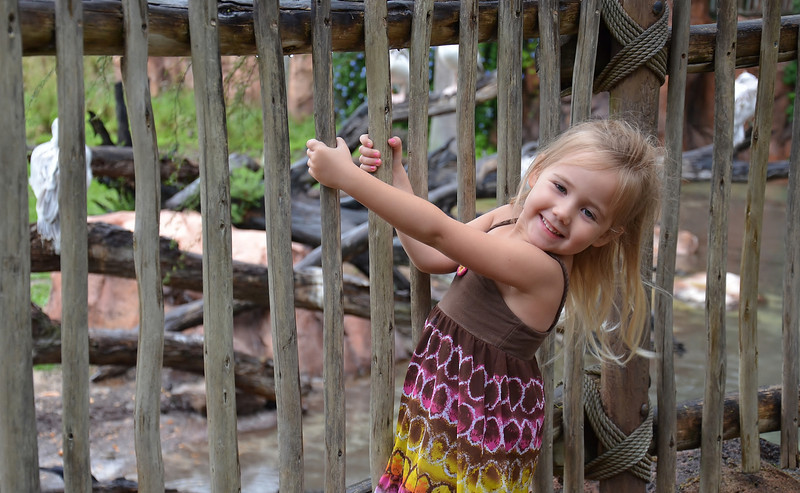 Went to Disney sat night, this is my granddaughter overlooking one of the game reserves there at the Wilderness Lodge.
