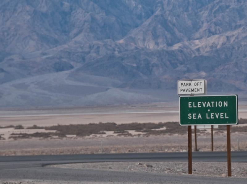 Entering Death Valley