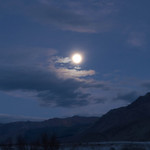 Moon rise in the saline valley