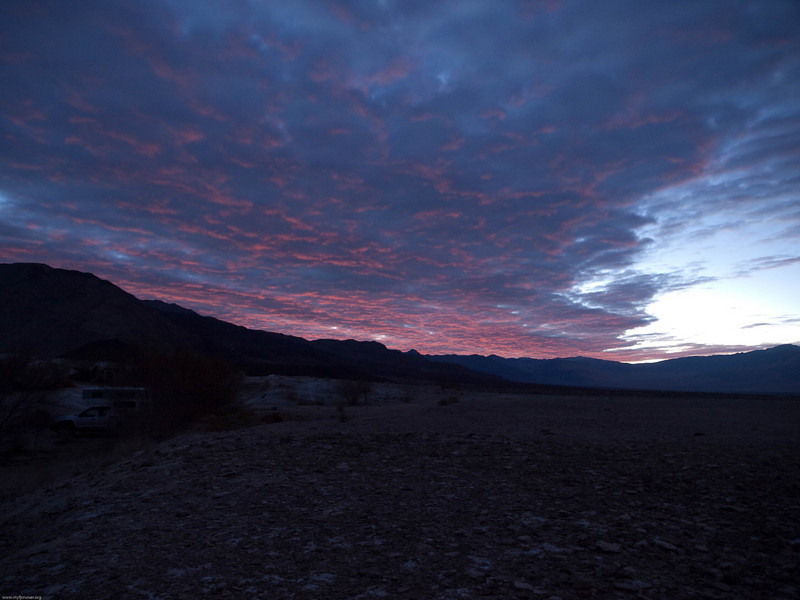 Sun rise from the hot springs