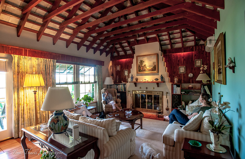 MAIN LIVING ROOMS