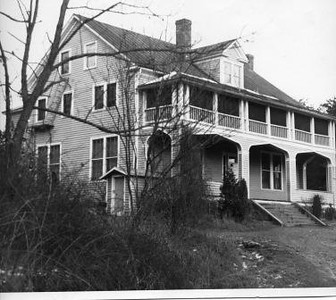 Unidentified House (01772)