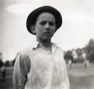 Unidentified Boy (02189)