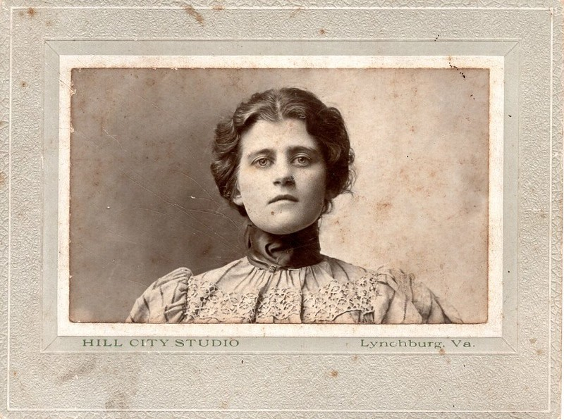 Unidentified Woman in a High Collar Dress (07146)