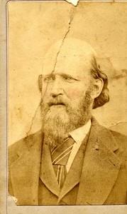 Unidentified Bearded Man (01798)
