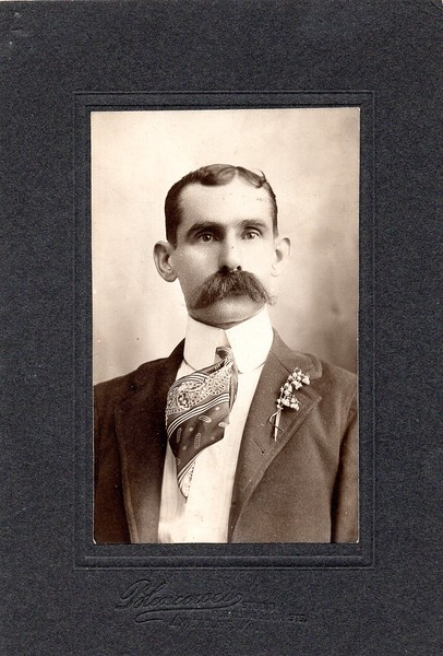 Unidentified Man with Boutonniere (07150)