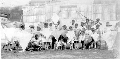 Kite Day for Black Children (01551)
