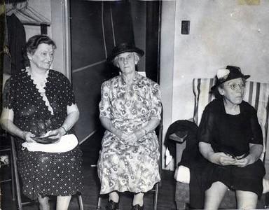 Three Ladies Seated  (02319)