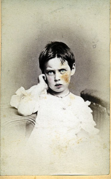 Unidentified Child in a Chair (07068)