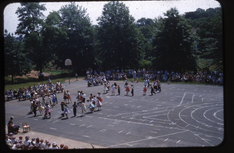 School Activity for All Ages  V  (09817)