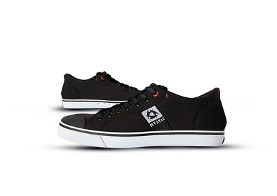 Shoes-Sneaker-Low-900-17