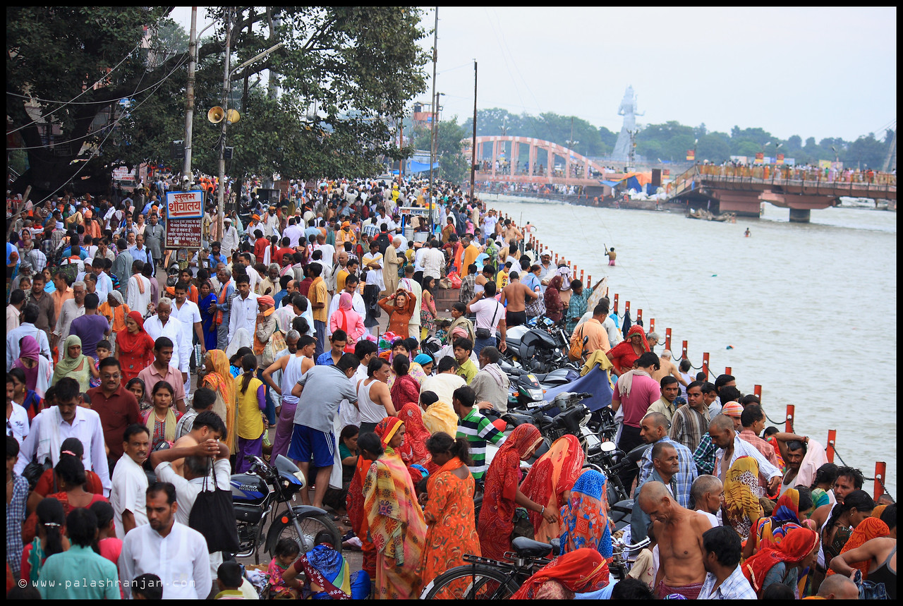 A view of the holy city Haridwar along the Ganges