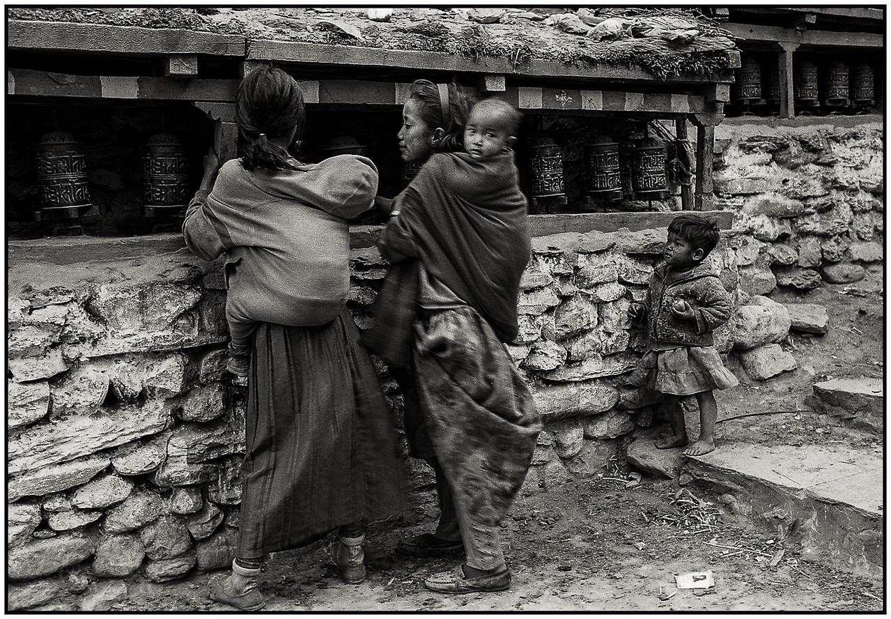 Moulins à prière sur le tour des Annapurnas