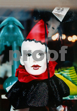 NA -The Clown 16x20 B2
