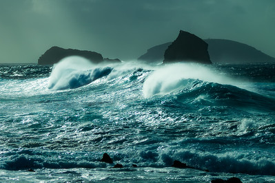 Rough seas off Pico Island
