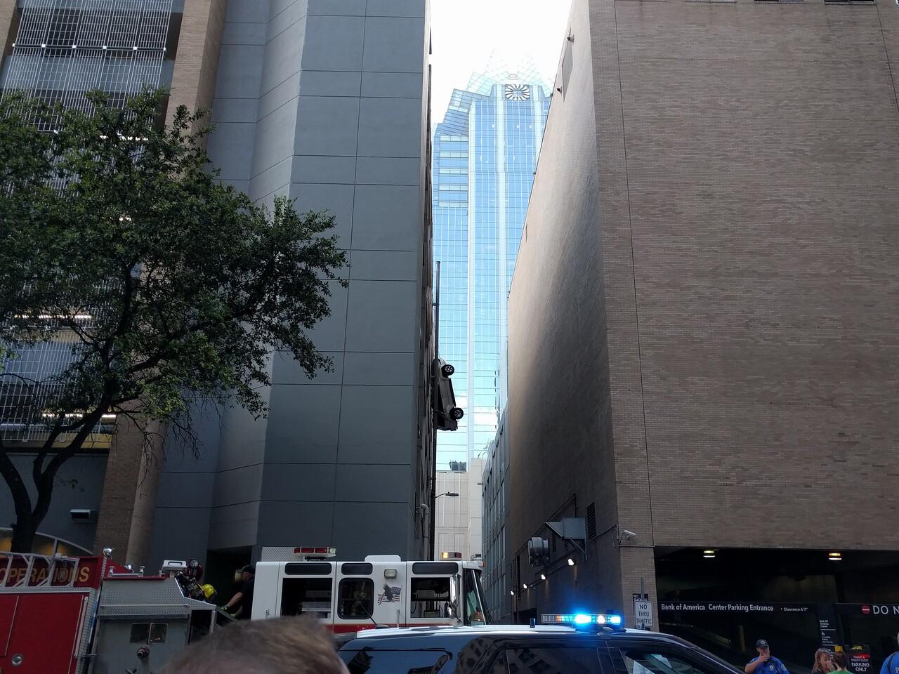 084 - Austin - Worst  Parking Job  Ever  2