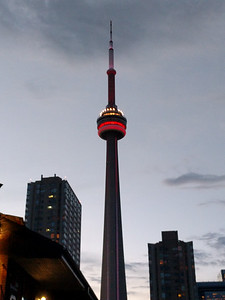 004 - Toronto - CN Tower at Dusk