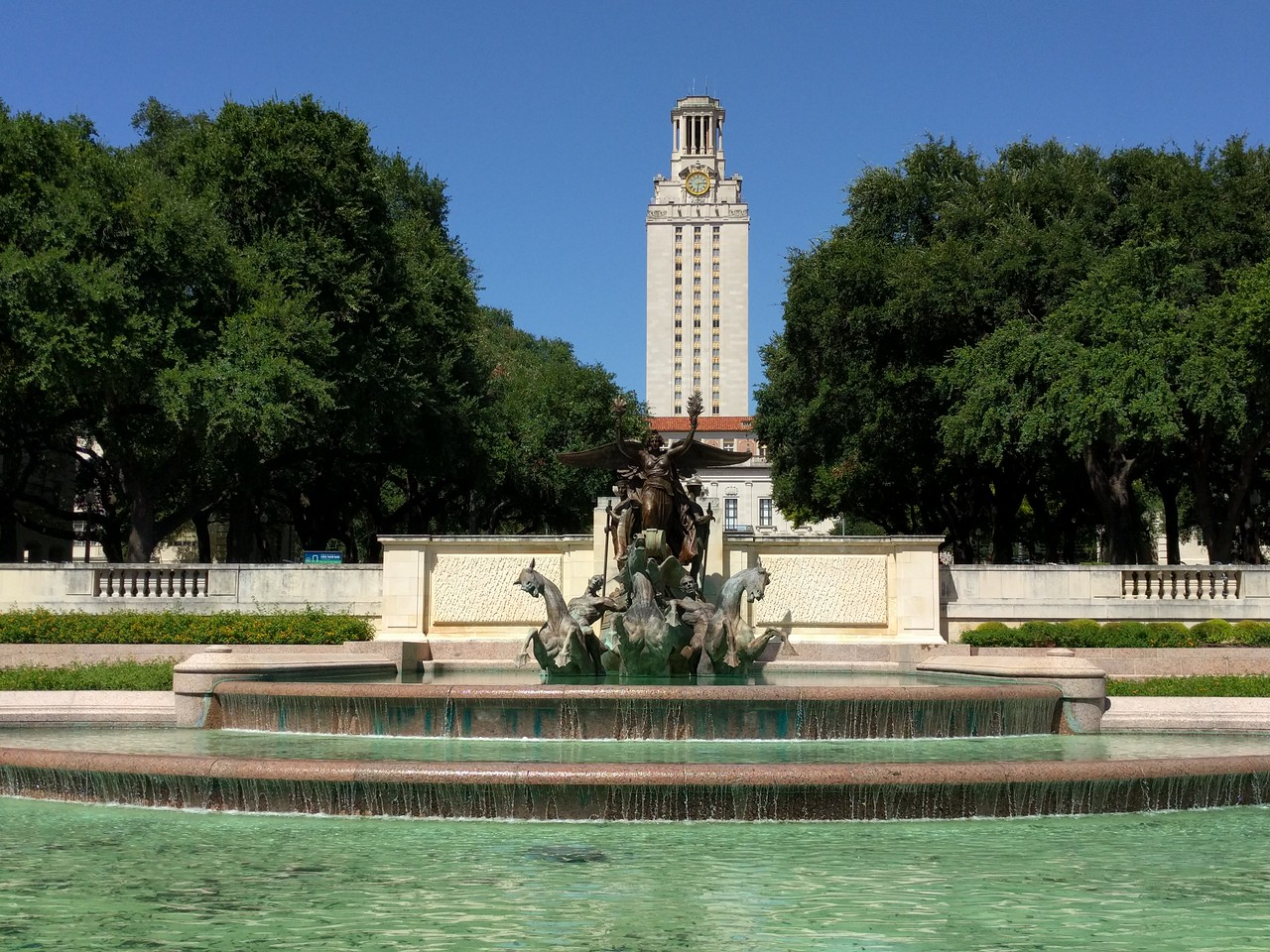 081 - Austin - Littlefield Fountain