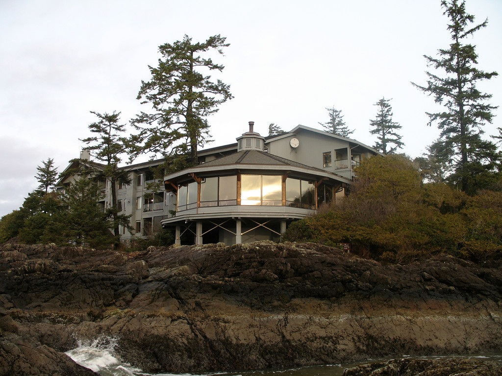 A couple of views of the Pointe dining room at the Wick from Chesterman Beach.